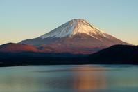 山梨県 染まる富士山
