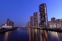東京都 東雲のタワーマンションの夜景