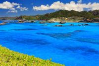 東京都 小笠原村 南島から見る父島 ジニービーチ