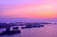 宮城県 大高森・夕暮れ時の松島湾