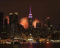 アメリカ合衆国 ニューヨーク ライトアップされたエンパイアス...