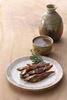 ワカサギの甘露煮と日本酒