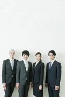 スーツのビジネスチーム