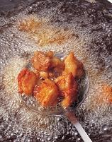 鶏肉の唐揚げ