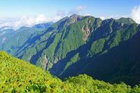 長野県 双児山から朝の鋸岳