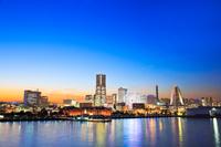 神奈川県 横浜市 大桟橋から望む夜景