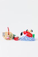 小幡土人形鯛抱き犬と正月飾り