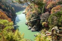 長野県 龍角峰より天竜峡吊り橋