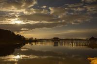 青森県 津軽富士見湖 月光の鶴の舞橋