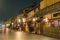 京都府 祇園花見小路の夜景