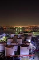 大阪府 石油タンクの工場夜景
