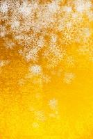 金屏風と雪のパターン