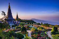 タイ チェンマイ クイーンズ・パゴダと美しい庭園