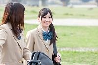下校途中の女子高生