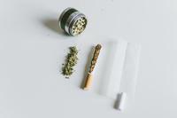 大麻のジョイント