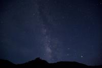 東京都 小港海岸にて星空を見上げる