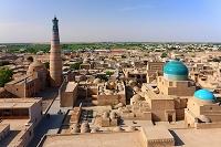 ウズベキスタン パフラヴァン・マフムド廟とイスラム・ホジャ・...