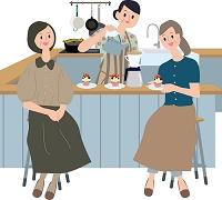 カウンターキッチンで話す女性