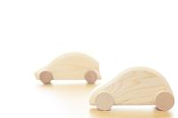 木製のハイブリッド型自動車