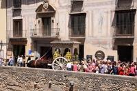 スペイン グラナダ ロシオ巡礼祭 パレードの出発