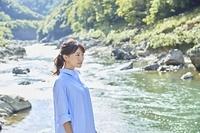 京都を旅する日本人女性