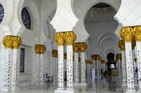 UAE アブダビ シェイク・ザイード・グランドモスク 回廊
