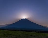 静岡県 朝霧高原 富士山 夜景