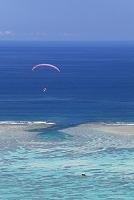 沖縄県 石垣島 明石ビーチ パラグライダー