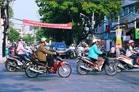 ベトナム 朝の出勤風景
