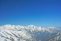 長野県 爺ケ岳より立山左奥と剣岳中央奥遠望