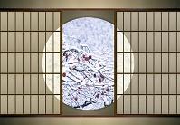 丸窓と雪 柿