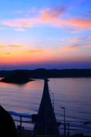 山口県 下関市 角島大橋と夕焼け空