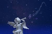 星空バックのエンゼルと音符