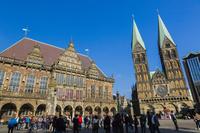 ドイツ 市庁舎と聖ペトリ大聖堂