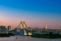 東京都 お台場の夕景