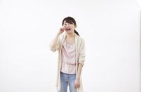 泣いている日本人女性