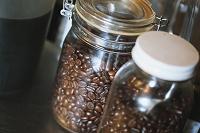 コーヒー豆の瓶詰め