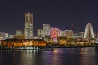 横浜 大さん橋からの夜景