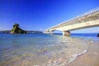 沖縄県 古宇利大橋と古宇利島