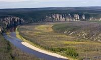 ロシア レナ川の柱群