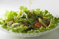 ほうれん草のサラダにドレッシング