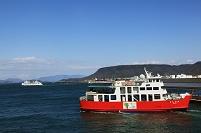 香川県 高松港と鬼ヶ島行きフェリー