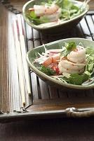 海老とハーブのサラダ
