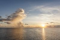モルディブ 南の島 夕景