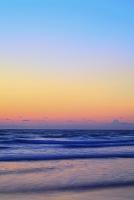静岡県 伊豆白浜 夜明けの海と空