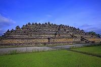 インドネシア 朝のボロブドゥール