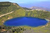 福島県 一切経山から望む五色沼
