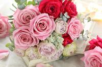 3種類のバラのブーケ