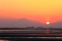 千葉県 夕日と富士山