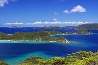 沖縄県 座間味島 安護の浦と慶良間諸島
